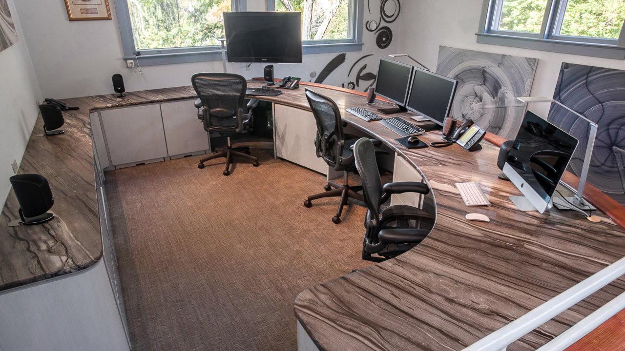 Офисный стол из натурального камня